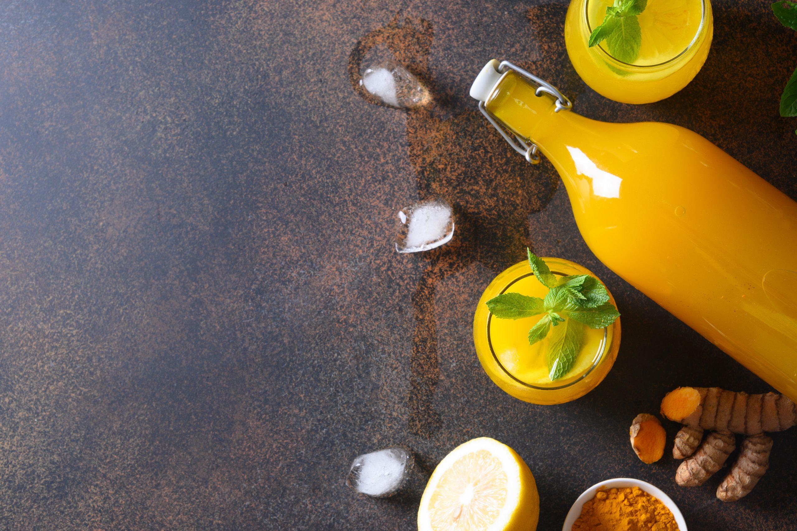 Sok od citrusa mente i đumbira